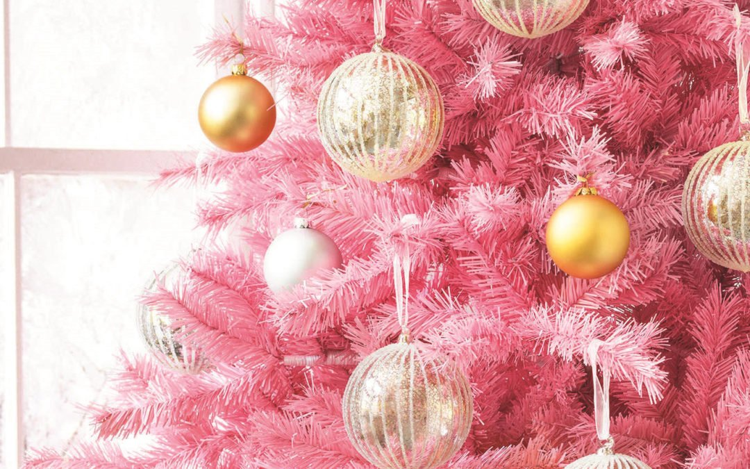 A Real Christmas Tree vs an Artificial One: Costs and Cons